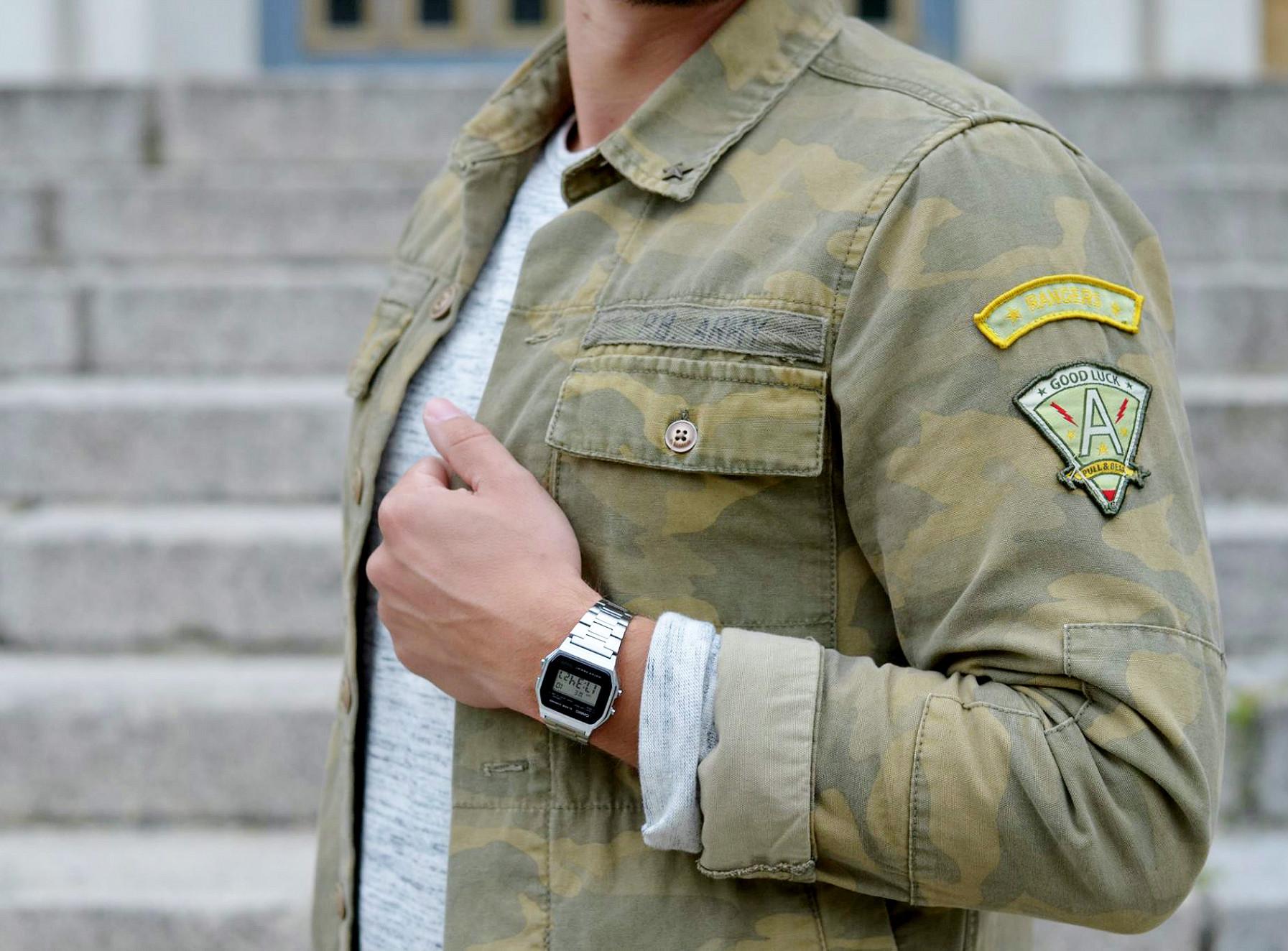 Modeblog-Berlin-Männer-Blog-Fashion-Camouflage-Jacke-Casio-Uhr-silber