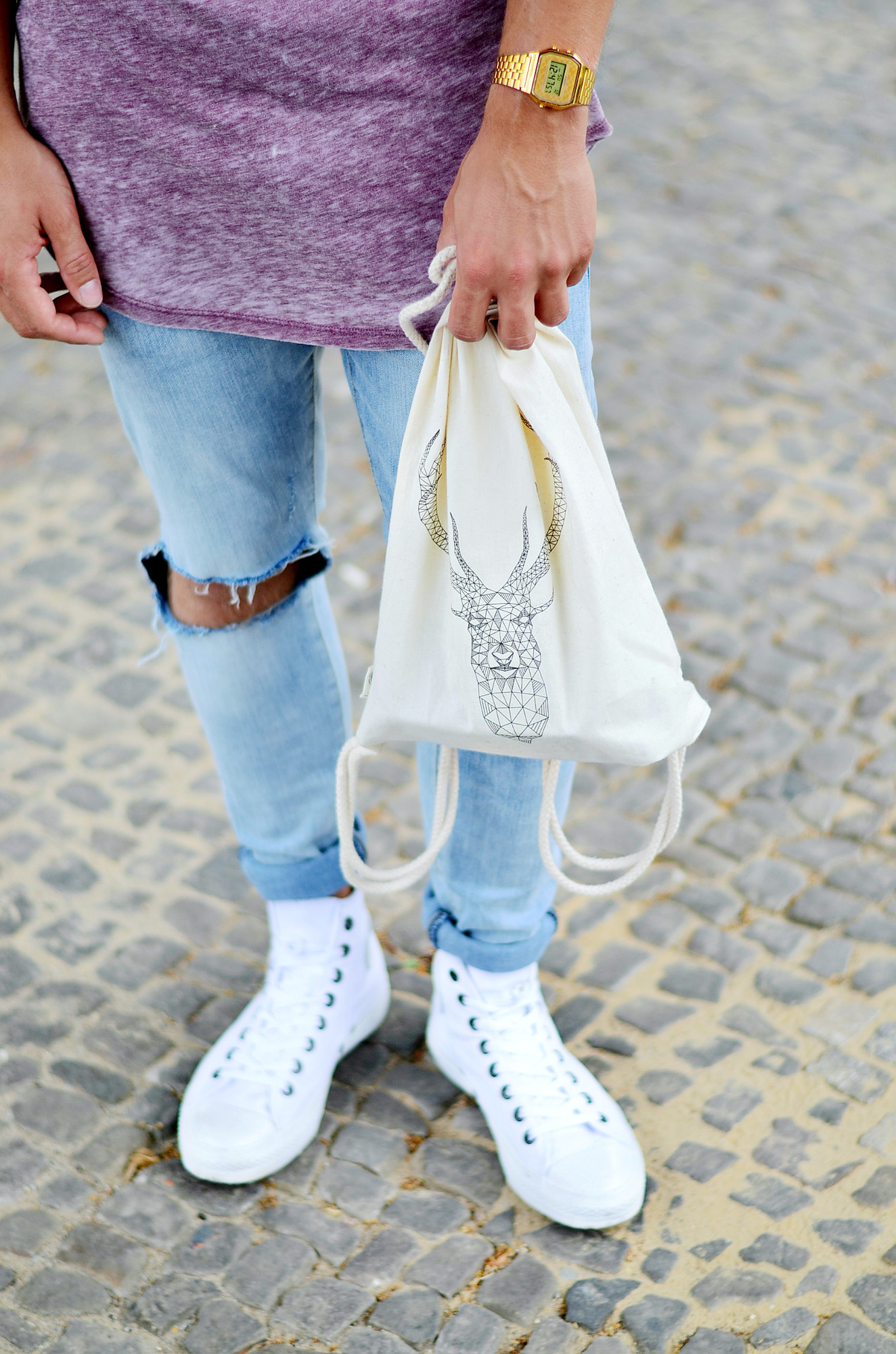 TommeezJerry-Converse-Chucks-weiß-Men-Fashion-Blg-Berlin-Outfit-Look-Longshirt-Deer-Backpack-Jutebeutel-Hirschkopf