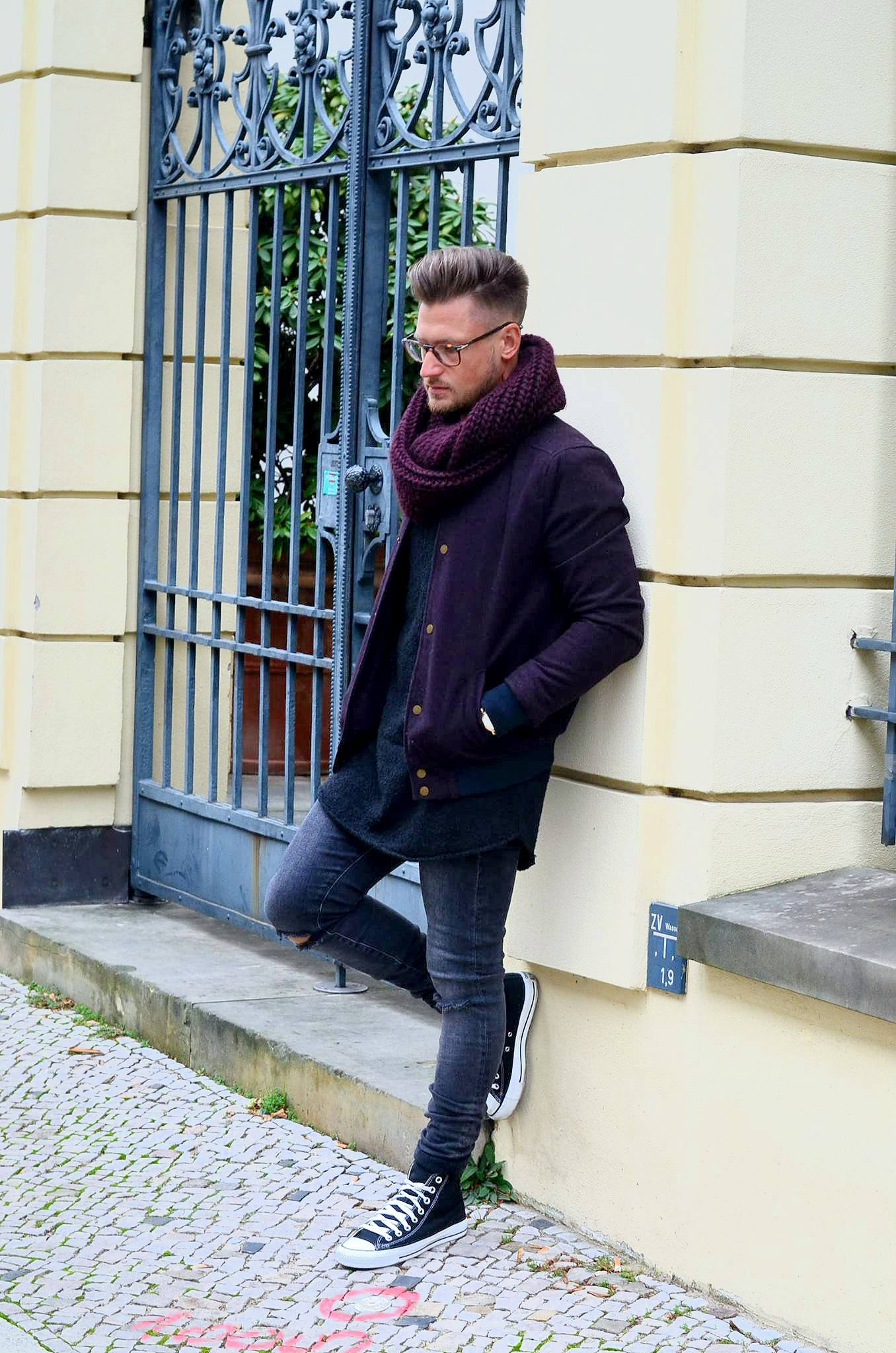 tommeezjerry-Männer-Blog-Berlin-Outfit-Bomberjacke-Converse-Jeans-Casual