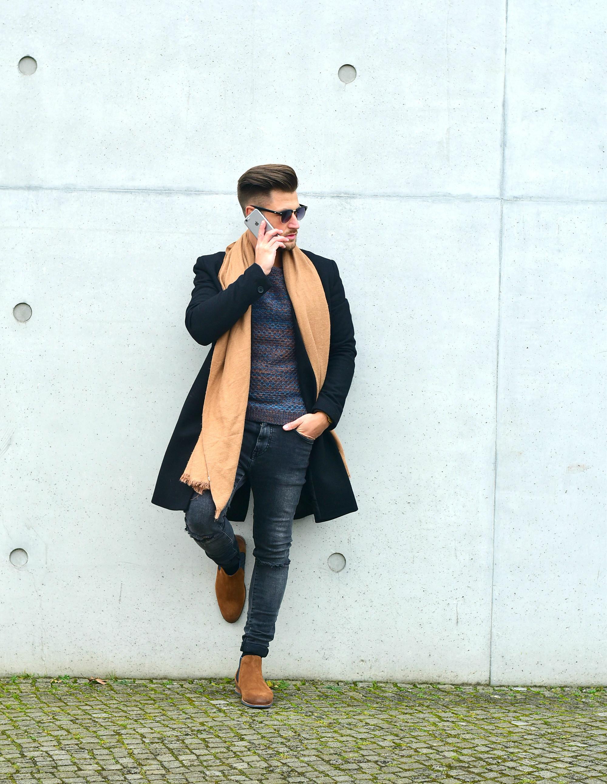 Styleblog-Männerblog-Modeblog-Berlin-Mantel-Coat-Chelseaboots-Smart-Look-Männermode-Streetwear