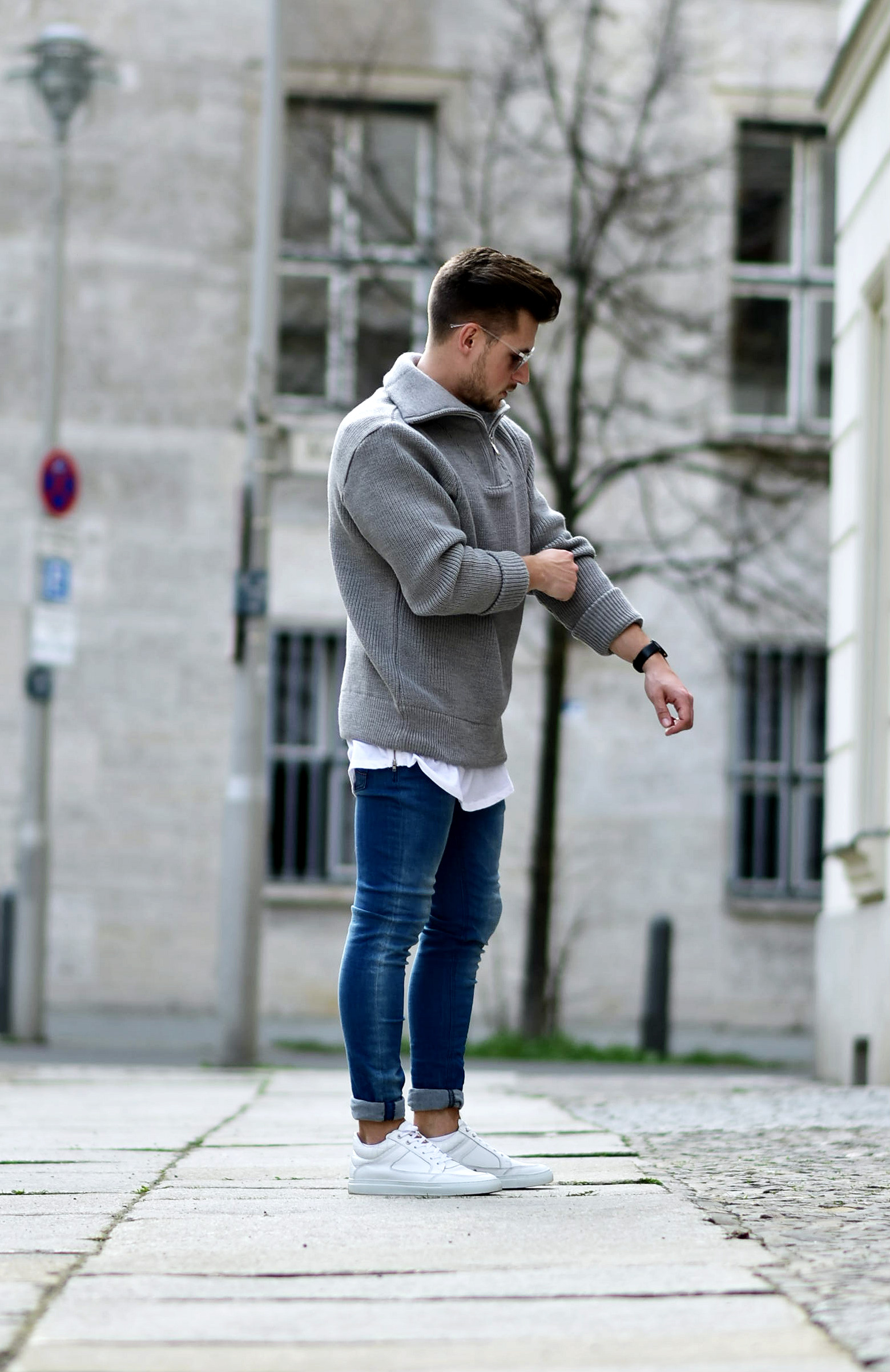Tommeezjerry-Styleblog-Männerblog-Männer-Modeblog-Berlin-Berlinblog-Outfit-Streetlook-Skinny-Jeans-Rymhart-Troyer-Sweater-Sonnenbrille-Threat-Etiquette