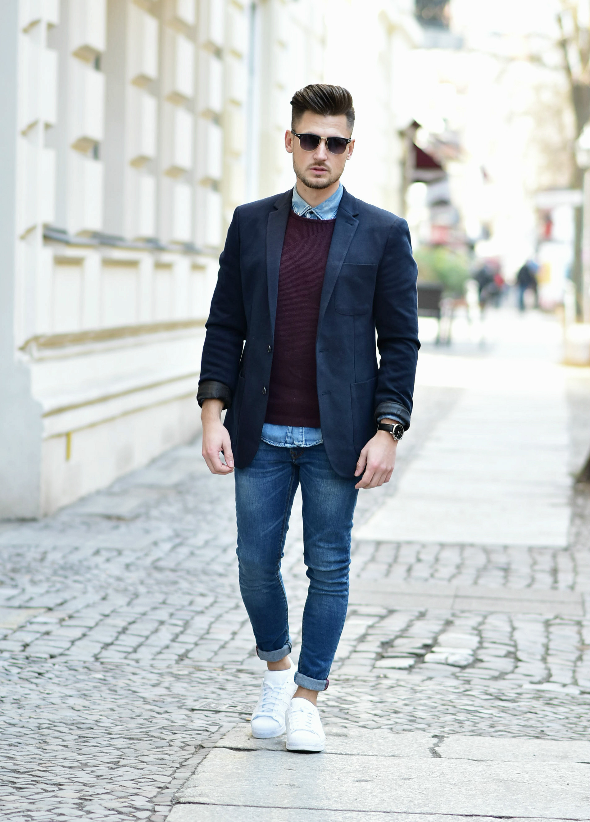 OUTFIT SMART LOOK WITH BLAZER & ADIDAS SUPERSTAR