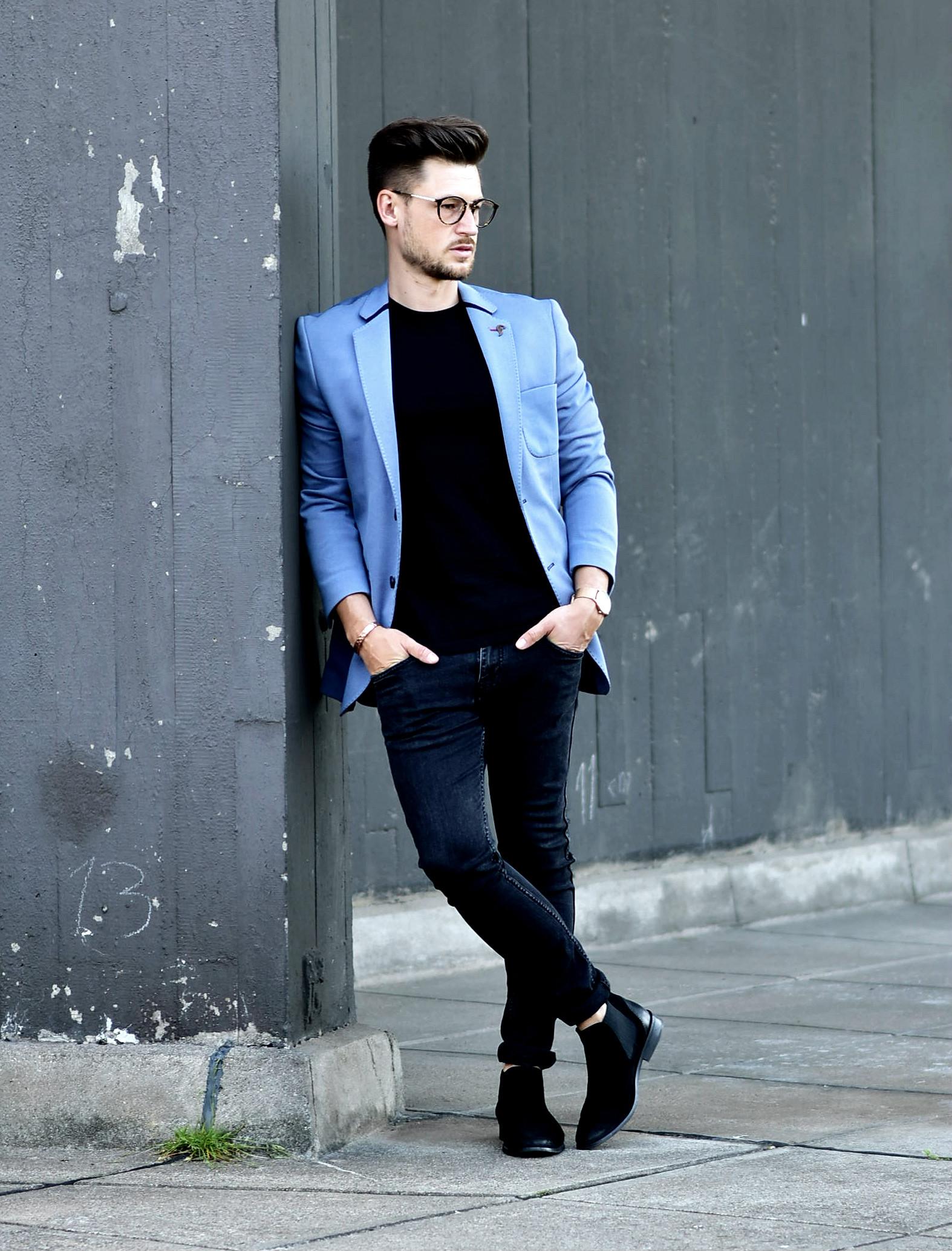 Tommeezjerry-Styleblog-Männerblog-Männer-Modeblog-Berlin-Berlinblog-Outfit-Streetlook-Royalblauer-Blazer-Royalblue-All-Black-Look-Chelsea-Boots-Skinny-Jeans-3