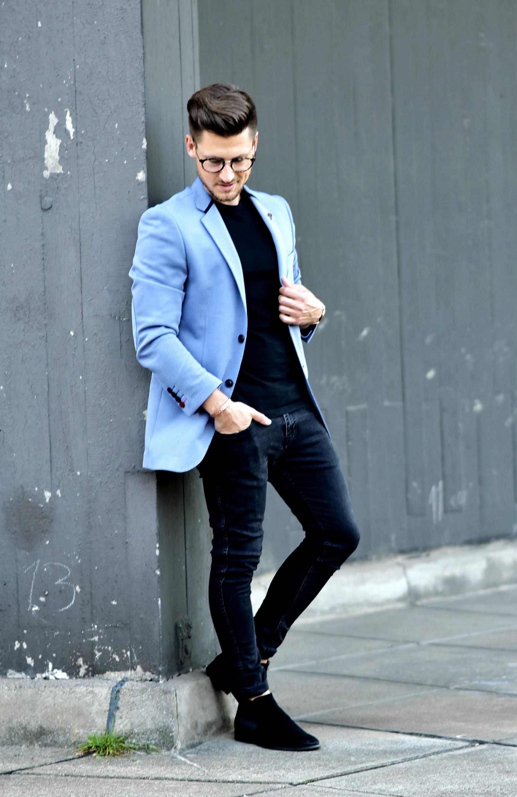 Tommeezjerry-Styleblog-Männerblog-Männer-Modeblog-Berlin-Berlinblog-Outfit-Streetlook-Royalblauer-Blazer-Royalblue-All-Black-Look-Chelsea-Boots-Skinny-Jeans-4