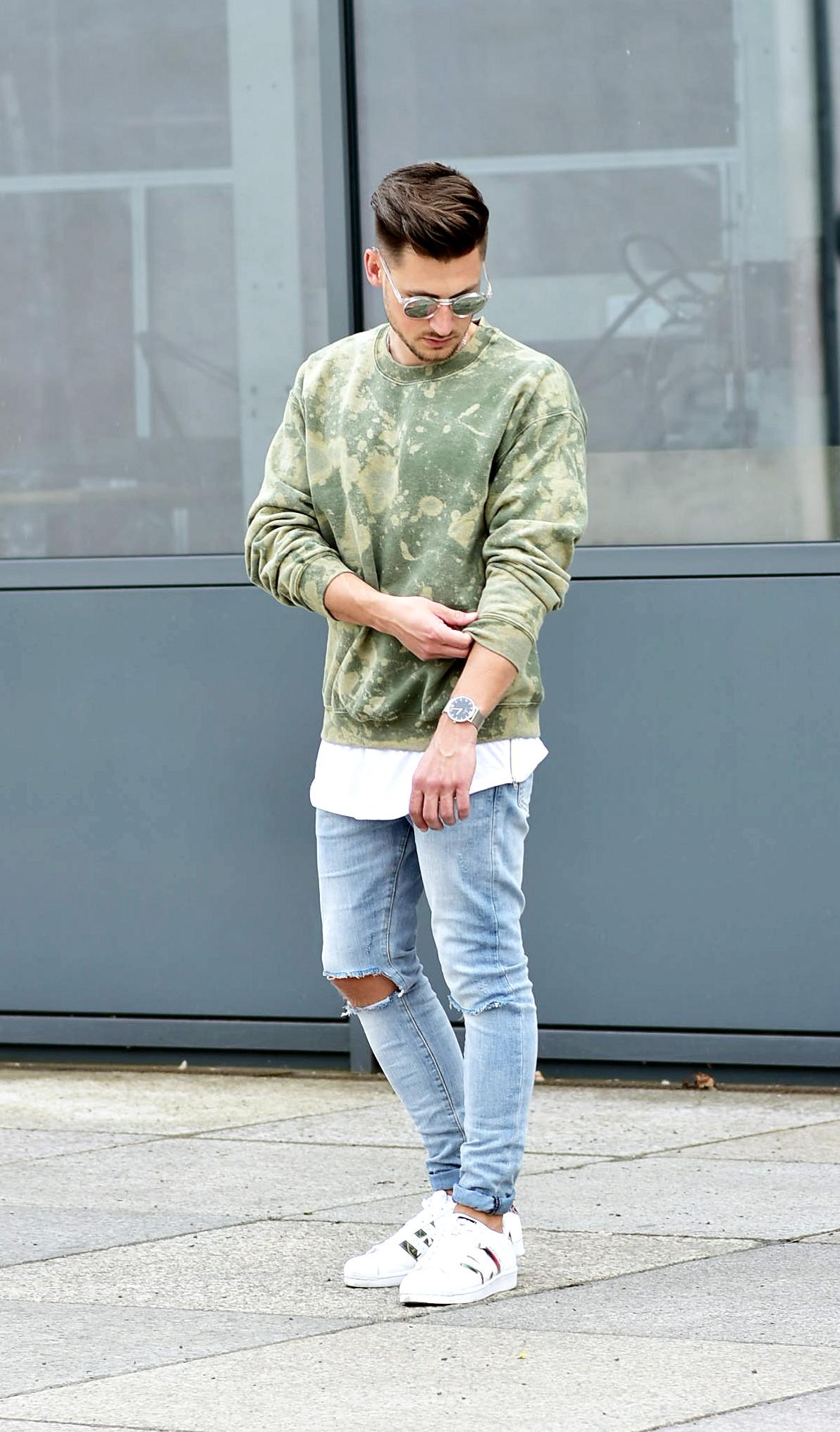 Tommeezjerry-Styleblog-Männerblog-Männer-Modeblog-Berlin-Berlinblog-Outfit-Streetlook-Vintage-Retro-Oversized-Adidas-Superstar-Skinny-Jeans-Camouflage-Military