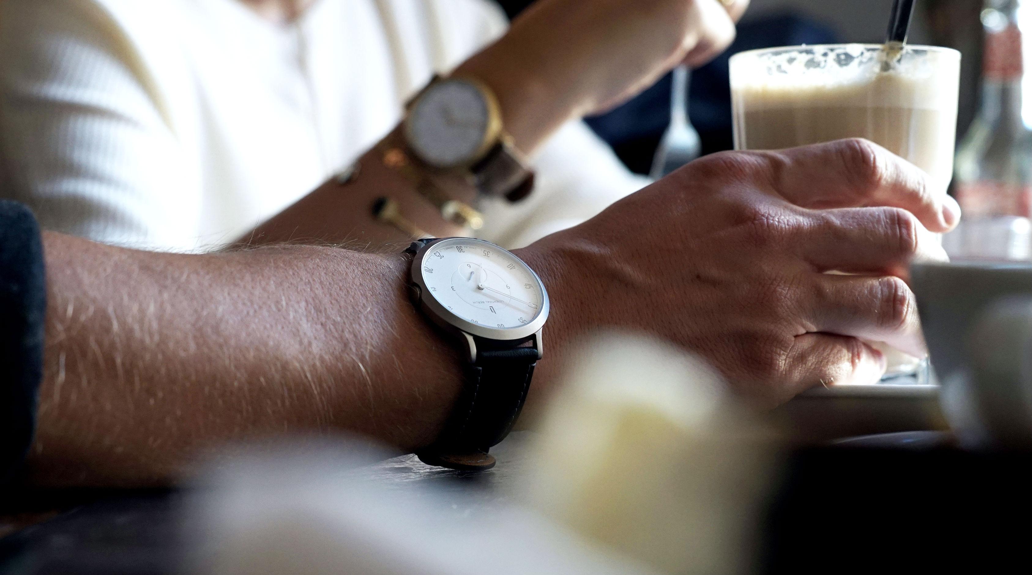 Tommeezjerry-Styleblog-Männerblog-Männer-Modeblog-Berlin-Berlinblog-Männermodeblog-Fashionblog-Cafe-Lilienthal-Uhr-Pilotwatch-Details