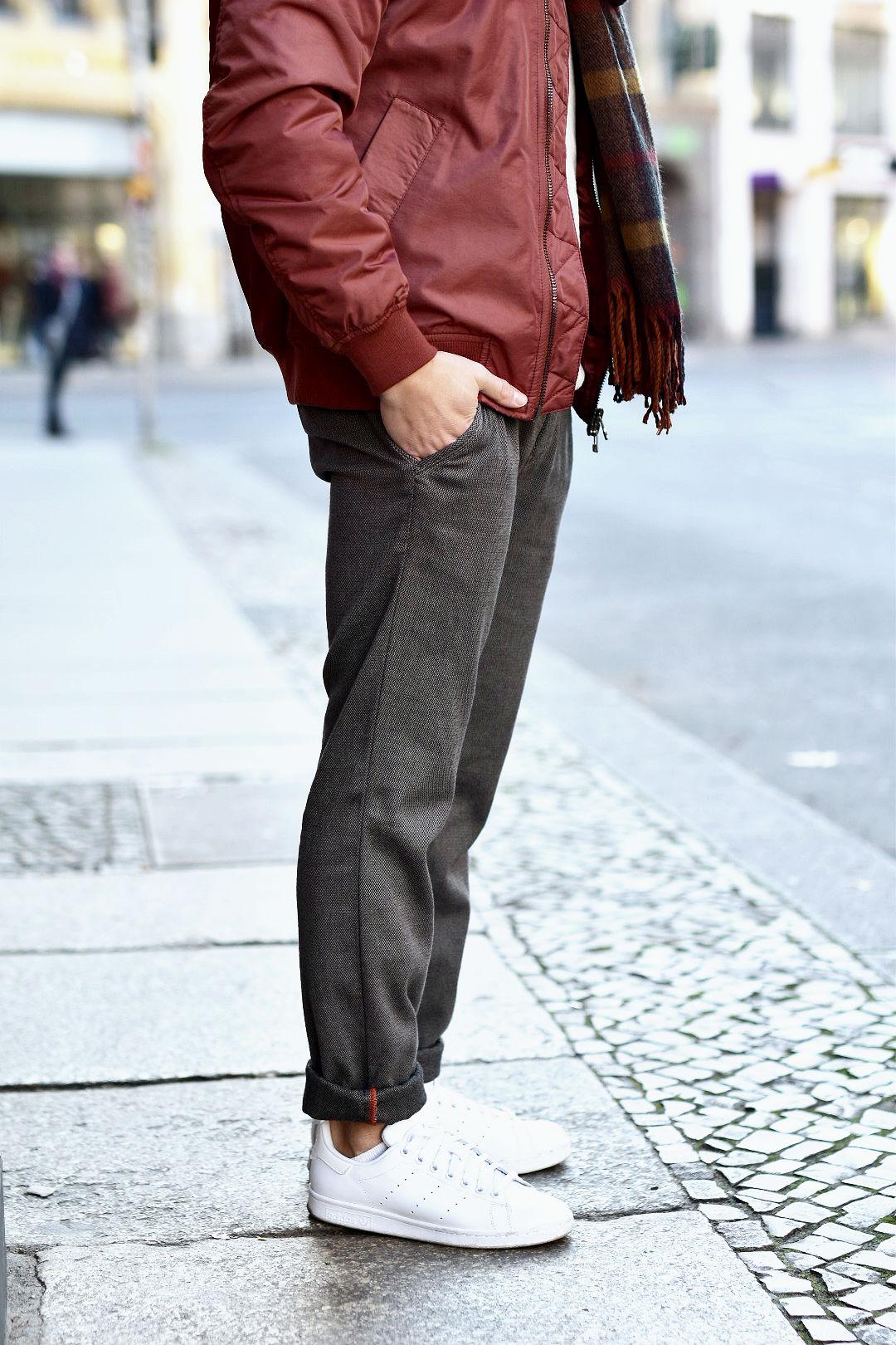 tommeezjerry-styleblog-maennerblog-maenner-modeblog-berlin-berlinblog-maennermodeblog-outfit-bomberjacke-alberto-pants-adidas-sneaker-schal-kariert-streetlook