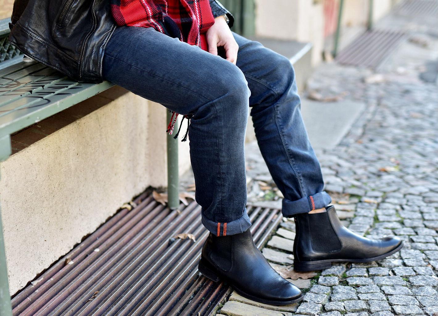 tommeezjerry-styleblog-maennerblog-maenner-modeblog-berlin-berlinblog-maennermodeblog-outfit-lederjacke-alberto-pants-jeans-chelsea-boots-schal-kariert-streetlook