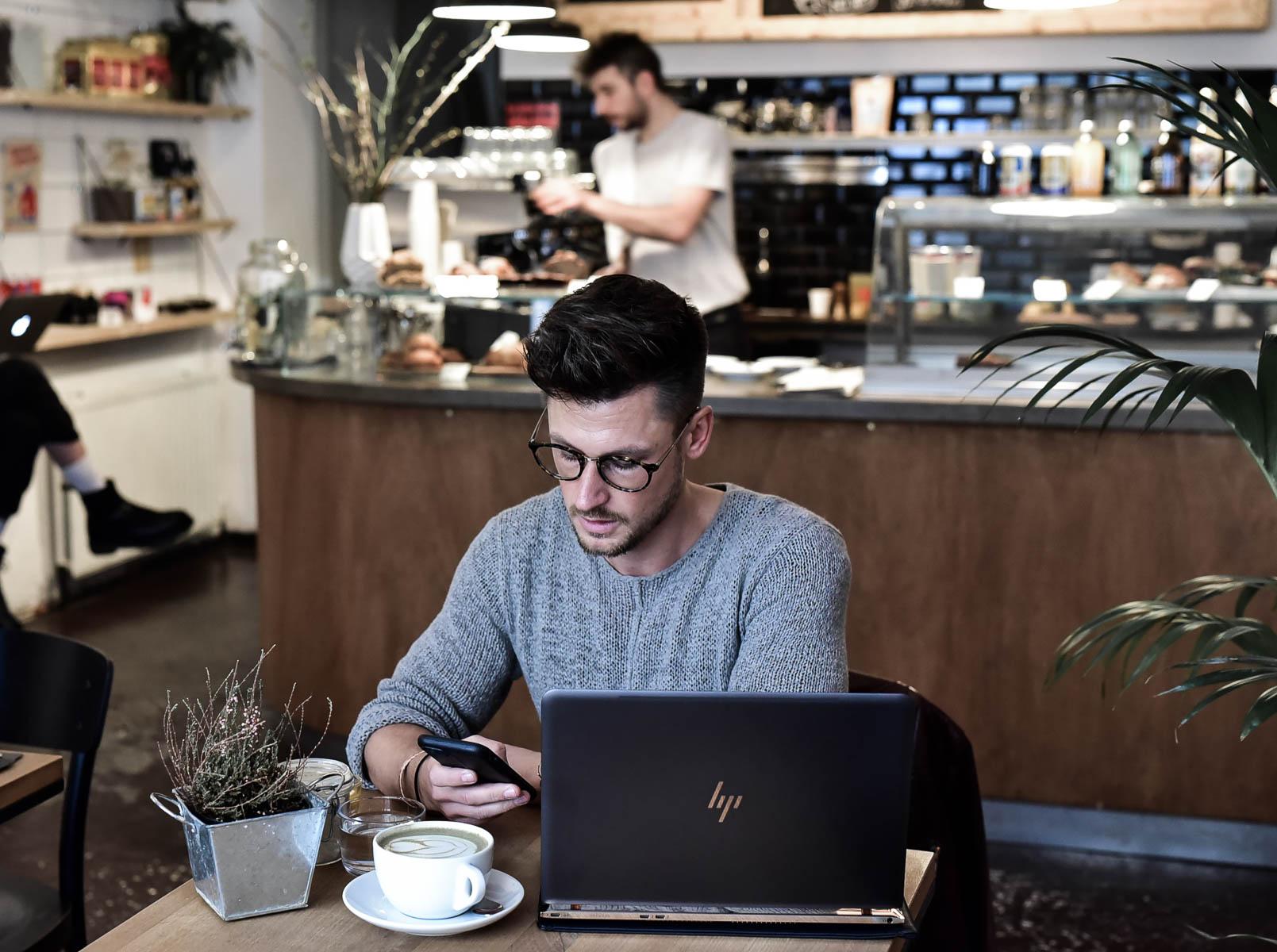 Tommeezjerry-Styleblog-Lifestyleblog-Männerblog-Männer-Modeblog-Berlin-Berlinblog-Männermodeblog-Notebook-HP-Spectre-Lifestyle-Technik