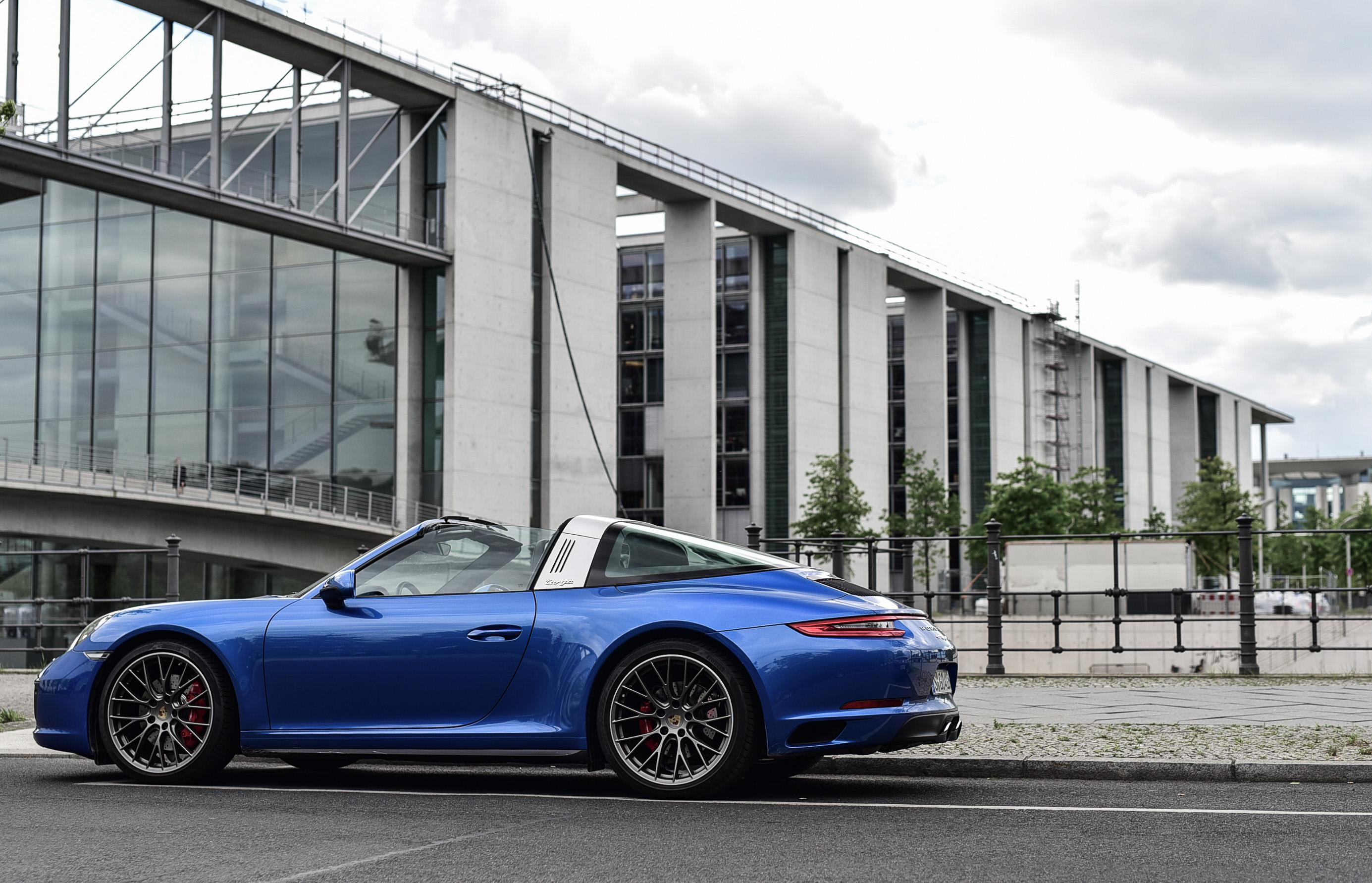 Tommeezjerry-Maennermodeblog-Maennermode-Fashionblog-Styleblog-Berlinblog--Lifestyleblog-Lausitzring-Certina-Watches-Timekeeper-Porsche-Design-Targa-911-Casual-Look-Armani