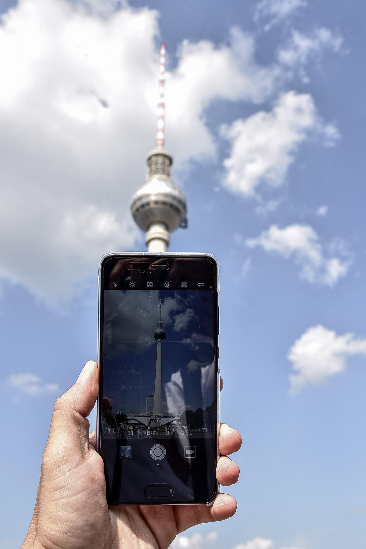 Tommeezjerry-Maennermodeblog-Maennermode-Fashionblog-Styleblog-Berlinblog--Lifestyleblog-Huawei-P10-Plus-Leica-Kamera-Samrtphone-Berlin-Casualchic-Outift-Gucci
