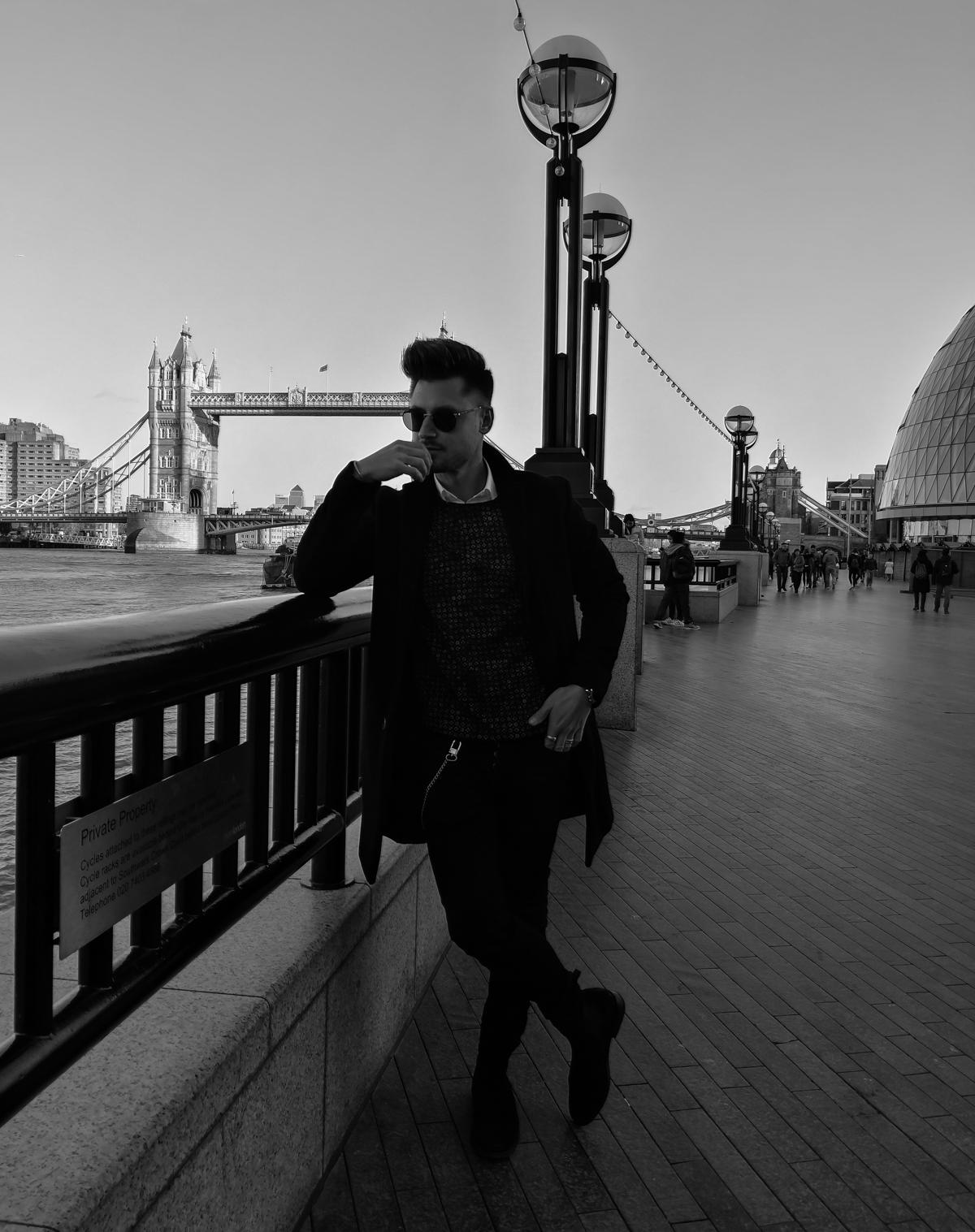 Tommeezjerry-Lifestyleblog-Fashionblog-Maennermodeblog-Maennerblog-Modeblog-Huawei-Mate-10-Pro-Monochrom-Photography-London-City