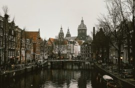 Tommeezjerry-Lifestyleblog-Fashionblog-Maennermodeblog-Maennerblog-Modeblog-Huawei-Mate-10-Pro-Travel-Photography-Amsterdam-City-Architecture