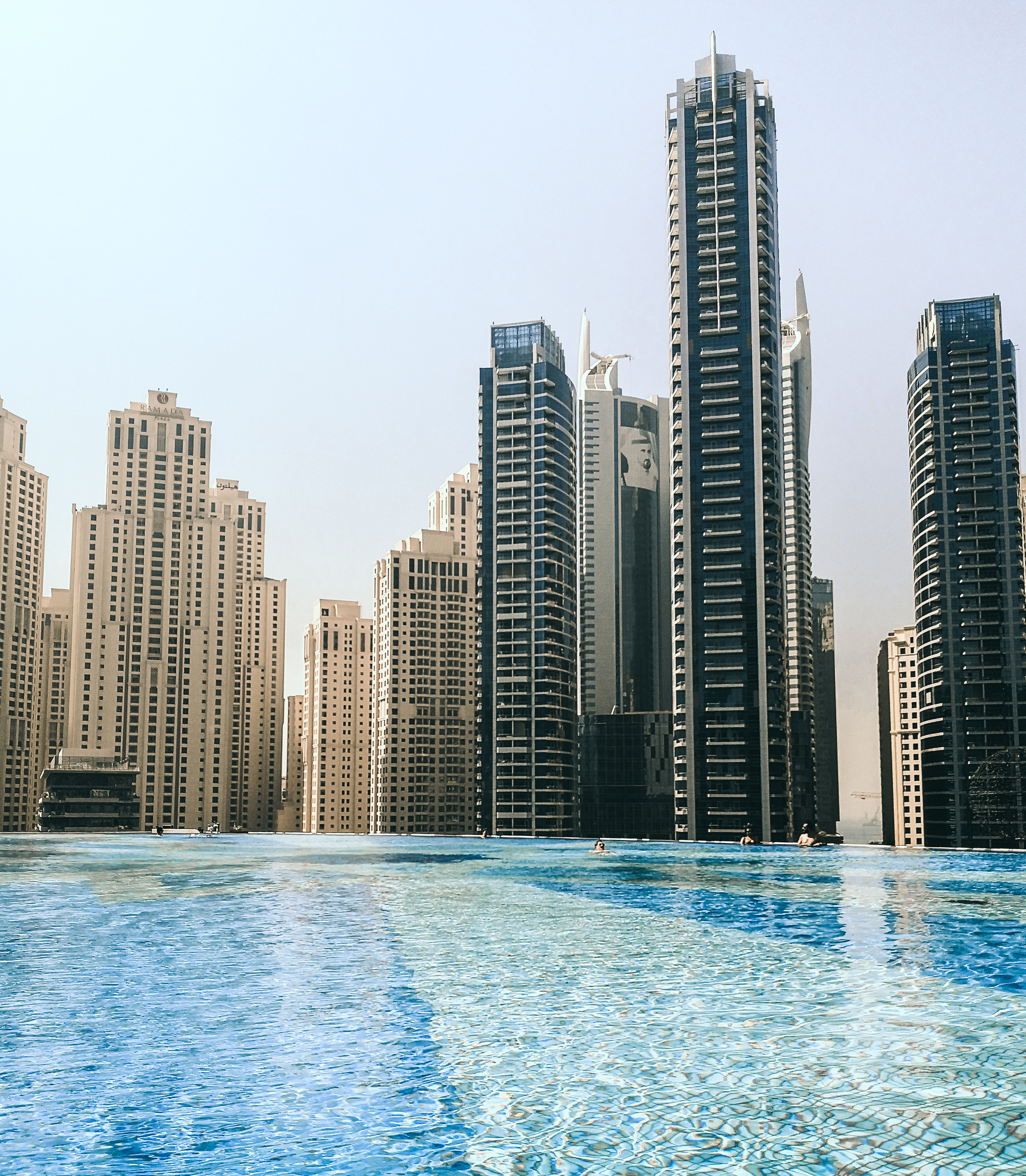 Tommeezjerry-Lifestyleblog-Fashionblog-Maennermodeblog-Maennerblog-Modeblog-Huawei-Mate-10-Pro-Travel-Photography-Dubai-Desert-City-Architecture