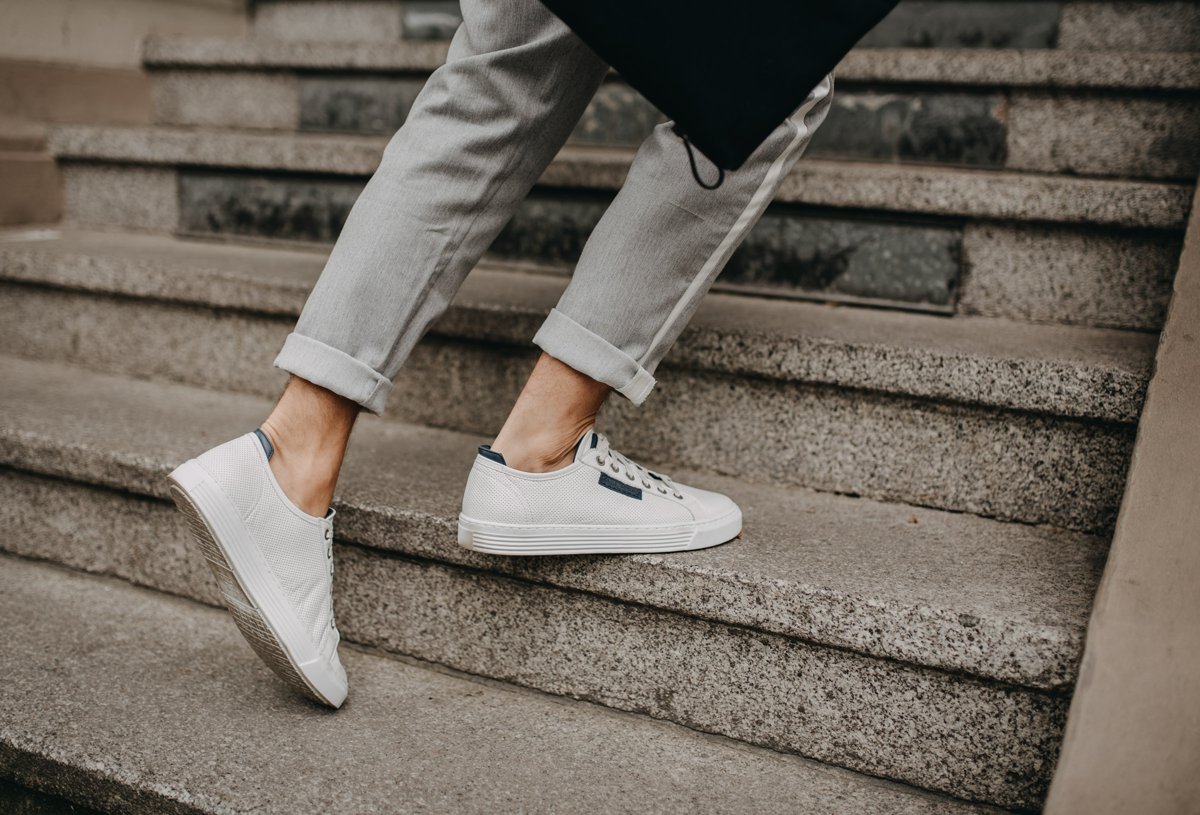Tommeezjerry-Lifestyleblog-Fashionblog-Maennermodeblog-Maennerblog-Modeblog-White-Sneakers-Camel-Active-Casual-Chic-Moderngentleman-Summerstyle-Business-Style